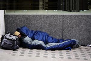 Homeless-Online-1